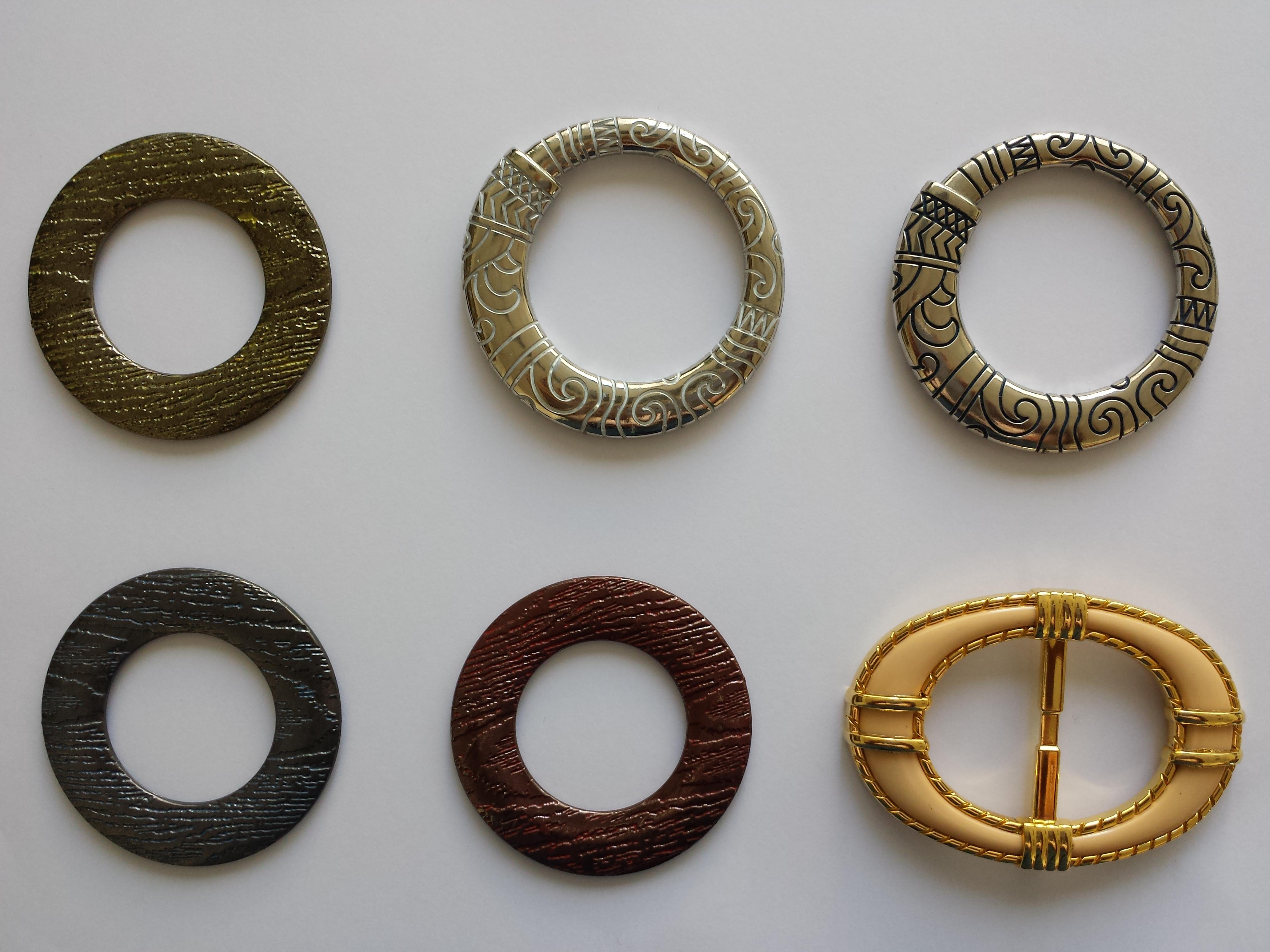 Esempi di finiture eseguite su accessori vari per il settore moda