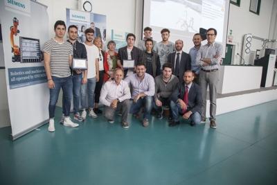 Vincitori cat senior delle olimpiadi dell'automazione 2017 di Siemens SCE