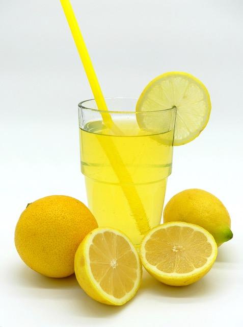 bioplastica senza bisfenolo a a partire da limoni